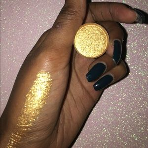 Other - Goal Digger Eyeshadow 💛✨